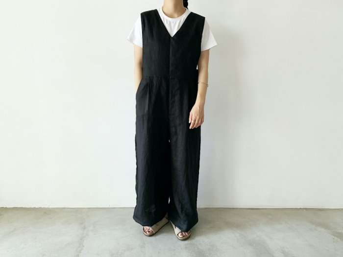 <img class='new_mark_img1' src='https://img.shop-pro.jp/img/new/icons56.gif' style='border:none;display:inline;margin:0px;padding:0px;width:auto;' />linen overalls / BLACK