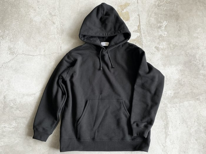 <img class='new_mark_img1' src='https://img.shop-pro.jp/img/new/icons8.gif' style='border:none;display:inline;margin:0px;padding:0px;width:auto;' />sweat hoodie / BLACK