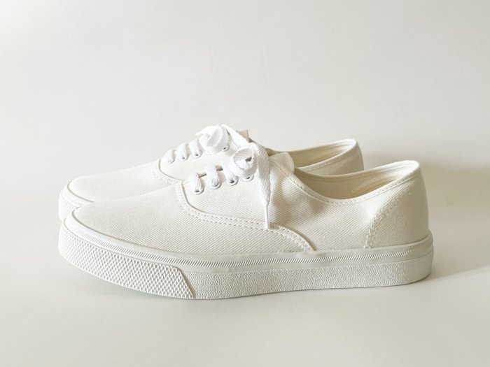 <img class='new_mark_img1' src='https://img.shop-pro.jp/img/new/icons8.gif' style='border:none;display:inline;margin:0px;padding:0px;width:auto;' />ASAHI 503 DECK SHOES / WHITE