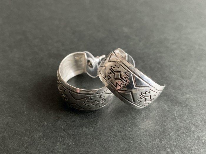 Navajo stamp Silver pierce