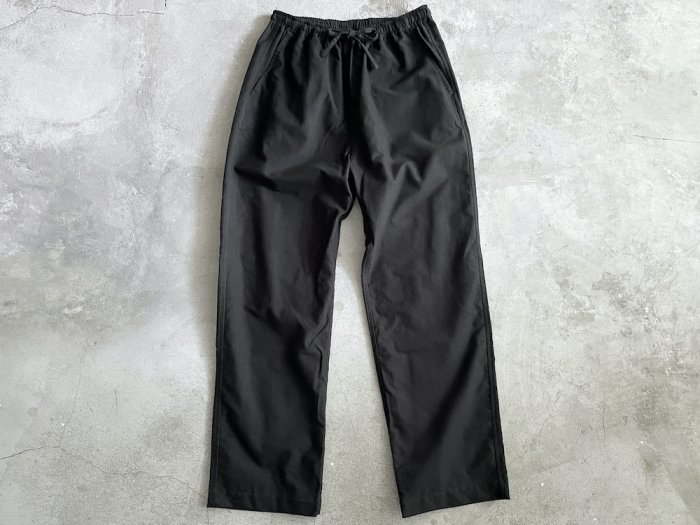 <img class='new_mark_img1' src='https://img.shop-pro.jp/img/new/icons8.gif' style='border:none;display:inline;margin:0px;padding:0px;width:auto;' />flannel easy pants / BLACK