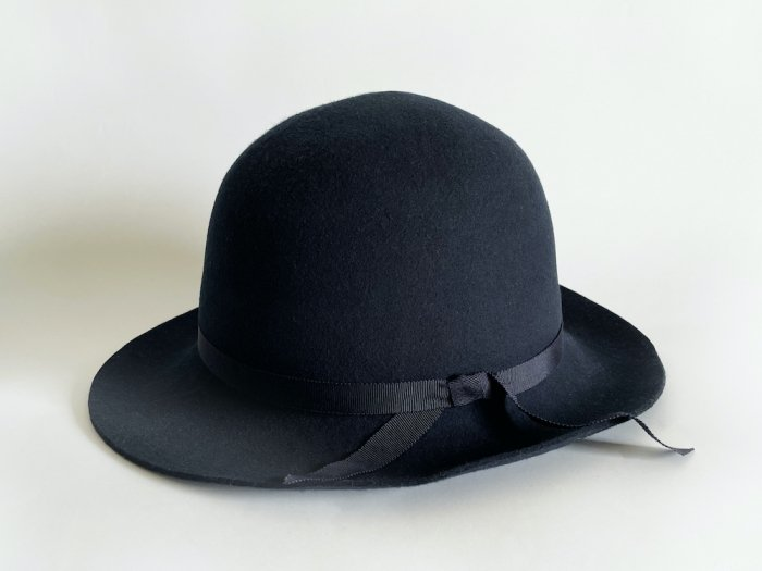 <img class='new_mark_img1' src='https://img.shop-pro.jp/img/new/icons8.gif' style='border:none;display:inline;margin:0px;padding:0px;width:auto;' />wool crusher hat / NAVY