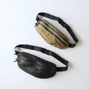 <img class='new_mark_img1' src='https://img.shop-pro.jp/img/new/icons13.gif' style='border:none;display:inline;margin:0px;padding:0px;width:auto;' />STANDARD SUPPLY / MATTE FANNY PACK L