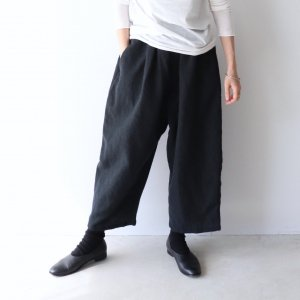 <img class='new_mark_img1' src='https://img.shop-pro.jp/img/new/icons13.gif' style='border:none;display:inline;margin:0px;padding:0px;width:auto;' />ordinary fits / wool linen BALL PANTS(3color)