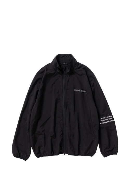 <img class='new_mark_img1' src='https://img.shop-pro.jp/img/new/icons5.gif' style='border:none;display:inline;margin:0px;padding:0px;width:auto;' />OVER PRINT NYLON JACKET