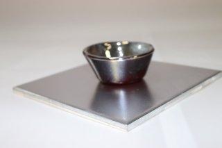 茶道具 <span>( 硬質硝子 )</span> 銀彩赤地 ぐい呑み