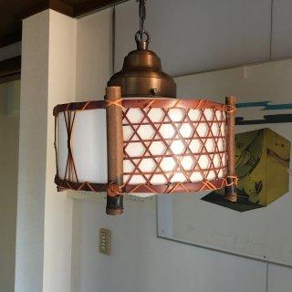 レトロ照明器具 古民家風竹編ペンダント 乳白ガラス 昭和レトロ     (E型10インチ)
