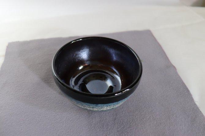 耐熱吹きガラス 抹茶碗 「熔彩濃墨」【画像2】
