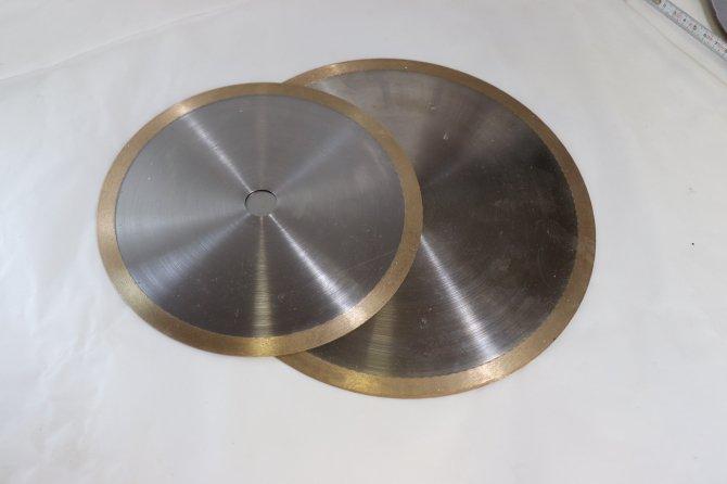 ガラス用ダイヤモンド ホイールカッター       (250mmx20xt1.5mm)