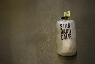 standard california HIGHTIDE × SD Stuff Bag 8L