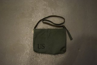 HAND LIGHT / US Military Musette Bag