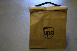 UPS / LUNCH BAG