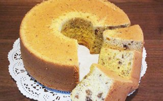 【季節限定】クルミとへーゼルナッツのシフォンケーキ 大サイズ 直径20cm
