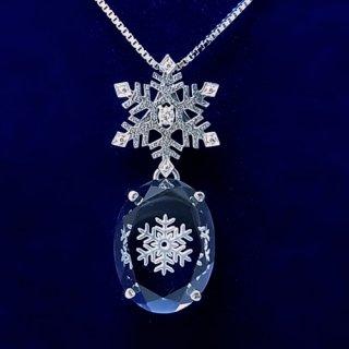 水晶の雪の結晶シルバーペンダント