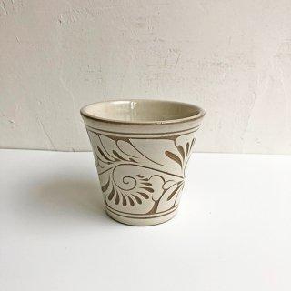 やちむん 育陶園 フリーカップ(小)白唐草線彫