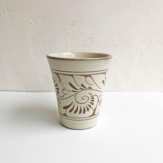 やちむん 育陶園 フリーカップ(中)白唐草線彫