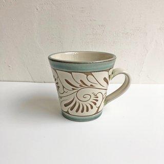 やちむん 育陶園 マグカップ(小)緑釉唐草白抜