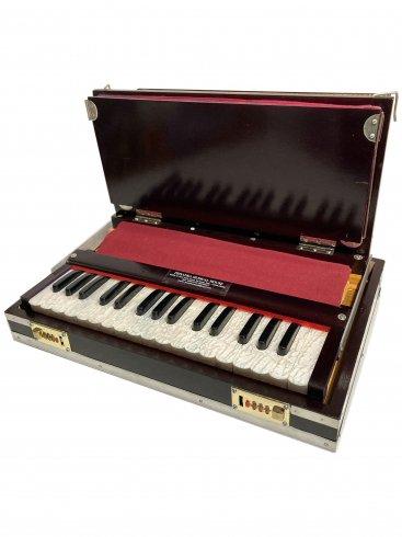 ハルモニウム ラップトップ ブラウン 32鍵[Priyanka] / Harmonium laptop 2.3/4 octave