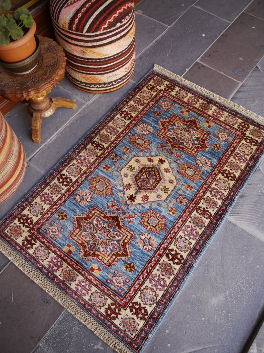 新しい絨毯 美しいブルーのシルヴァンラグ 約128×80