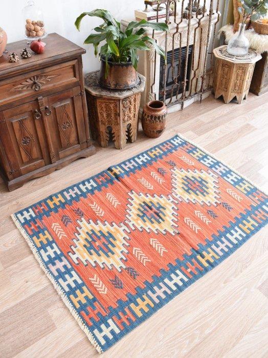 初めての手織りキリムに♪パステルニューキリム Bugdayli 約126×88