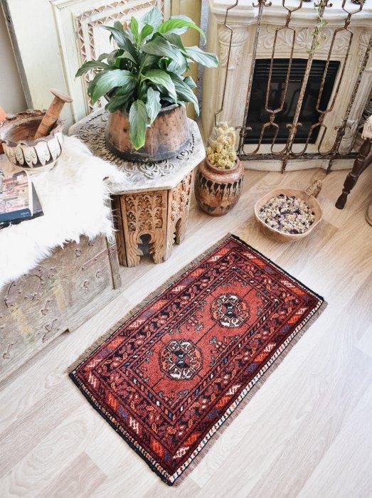 オールド絨毯 ミニトルクメン 約44×79