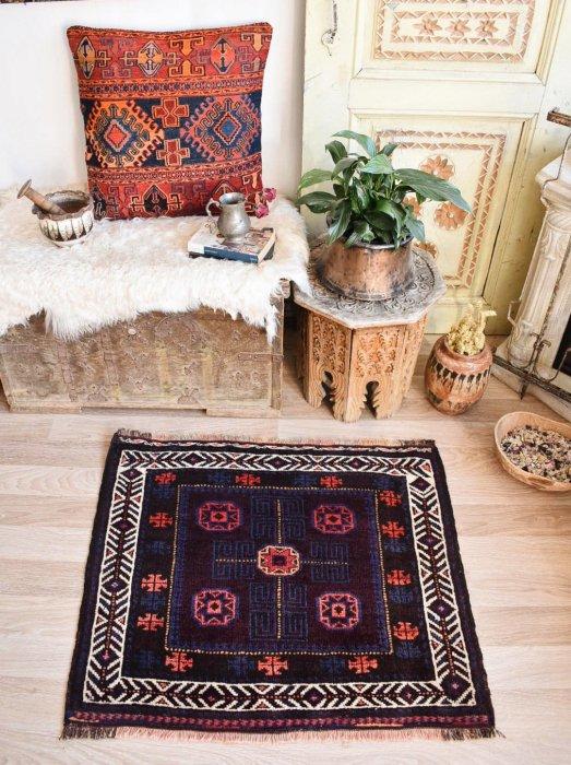 オールド絨毯 バルーチ  約78×93