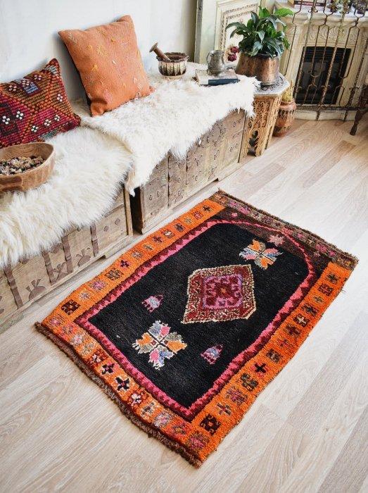 オールド絨毯 可愛いカルス  約121×84