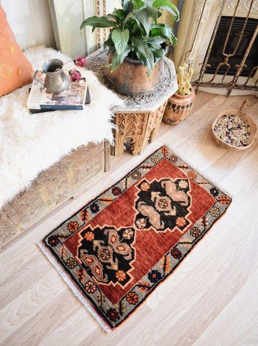 オールド絨毯 ヤストゥック カルス 約82×49