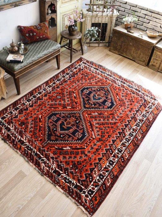 ペルシャ産オールド絨毯 シラーズ約206×169