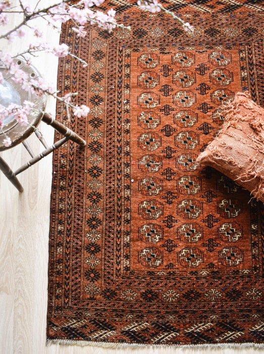 風格たっぷり!アフガントルクメンラグ 約172×135