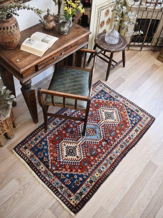アフガン産オールド絨毯 約128×83
