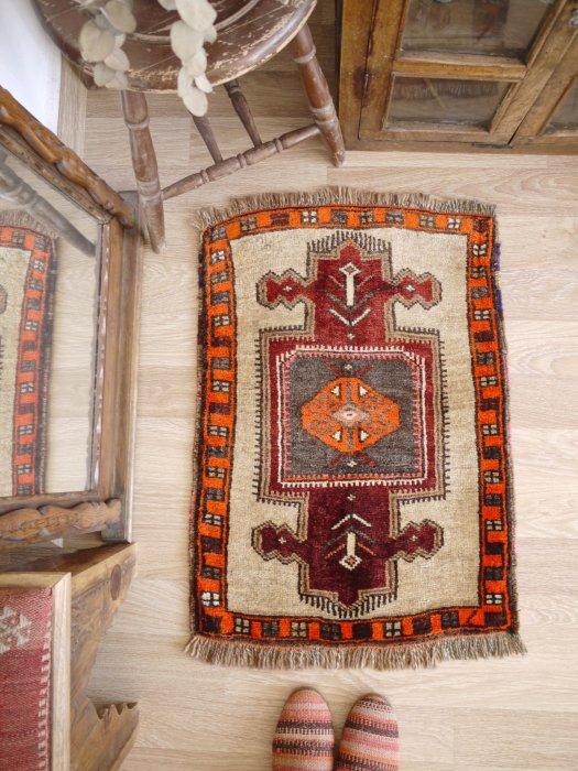オールド絨毯 ヤストゥック カルス 約81×58