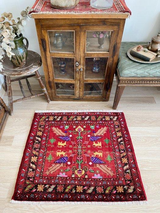 ペルシャ産オールドバルーチ絨毯  約78×90