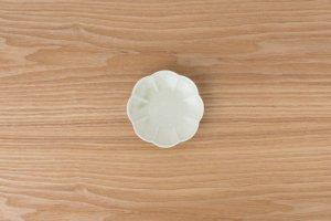菊割小皿 | 灰釉