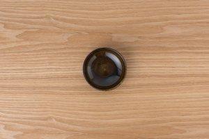 ほっこりポッタリー | 小皿 黒唐津
