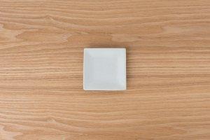 古白磁 | 正角小皿