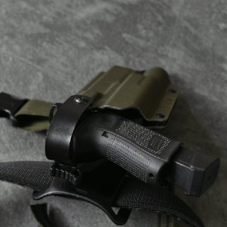 BGS KANE HOLSTER G17/19 TLR-1<img class='new_mark_img2' src='https://img.shop-pro.jp/img/new/icons24.gif' style='border:none;display:inline;margin:0px;padding:0px;width:auto;' />