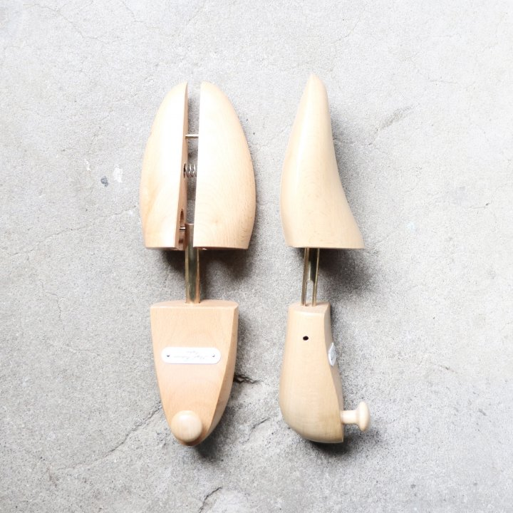 "<img class='new_mark_img1' src='https://img.shop-pro.jp/img/new/icons1.gif' style='border:none;display:inline;margin:0px;padding:0px;width:auto;' />""美品"" Lloyd Footwear(ロイドフットウェア)木製シューツリー/シューキーパー Size:M ブナ材 定価¥9,020-"