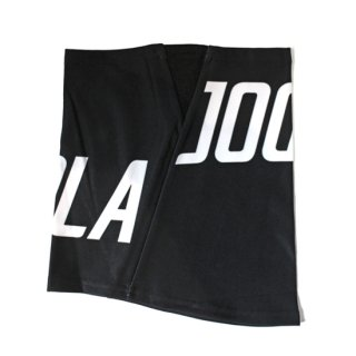 <img class='new_mark_img1' src='https://img.shop-pro.jp/img/new/icons8.gif' style='border:none;display:inline;margin:0px;padding:0px;width:auto;' />JOGARBOLA BIG LOGO NECK WARMER ネックウォーマー BLK