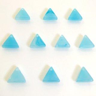 天然石風 三角(10個)樹脂製チャーム アクアマリン