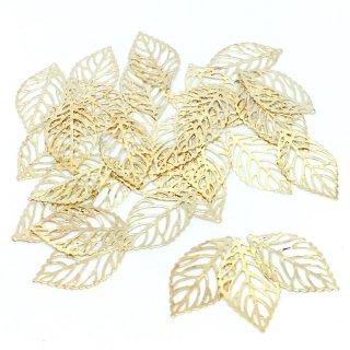 木の葉の透かしチャーム(30個)透かしチャーム 大量リーフ