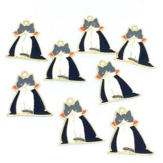8個  ハロウィンキャット【ドラキュラ猫】ゴールドチャーム ネコ