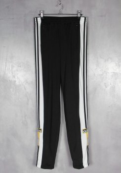 <img class='new_mark_img1' src='https://img.shop-pro.jp/img/new/icons20.gif' style='border:none;display:inline;margin:0px;padding:0px;width:auto;' />ADIDAS<br>ADIBREAK PANTS<br>[新品]