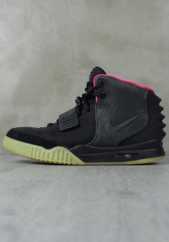 NIKE<br>AIR YEEZY 2 NRG SOLAR RED<br>[中古B]