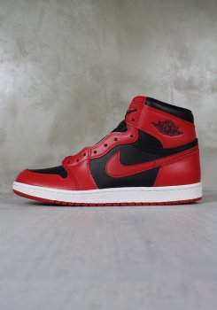 <img class='new_mark_img1' src='https://img.shop-pro.jp/img/new/icons20.gif' style='border:none;display:inline;margin:0px;padding:0px;width:auto;' />NIKE<br>AIIR JORDAN 1 HIGH 85<br>[新品]
