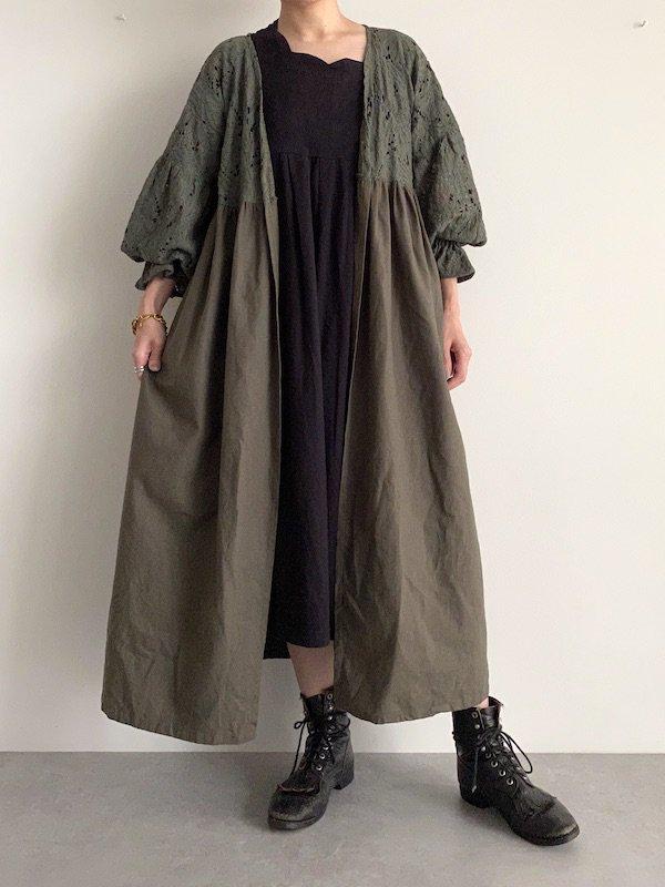 KICI  frill sleeve race gown / フリルスリーブレースガウン (Khaki)