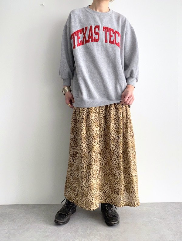 Remake  leopard sweat dress / リメイクスウェットレオパードニットワンピース (R.logo)