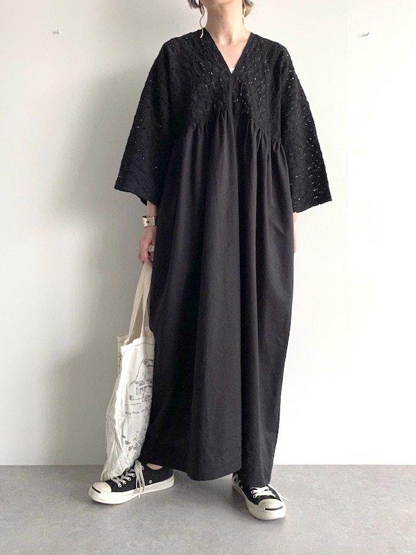 KICI -  Lace wide sleeve maxi dress /  レース ワイドスリーブ マキシワンピース (BK)