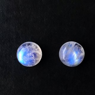 I5. 満月の光 レインボームーンストーン(2個セット) 9×9×4mm 8.5×8.5×4mm