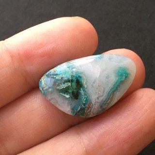 H6 《地球の物語》ジェムシリカ 25×15×4mm 高品質天然石ルース